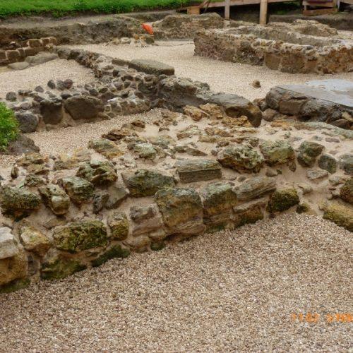 Brindisi - Comune-strutture medievali restaurate